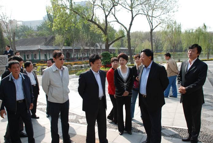 9.29市政协副主席陈质枫带队视察北宁公园